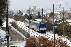 Une TER 2N NG quitte Bourgoin Jallieu - Photo of Châteauvilain