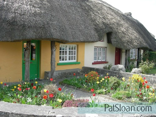 pat sloan cute cottages
