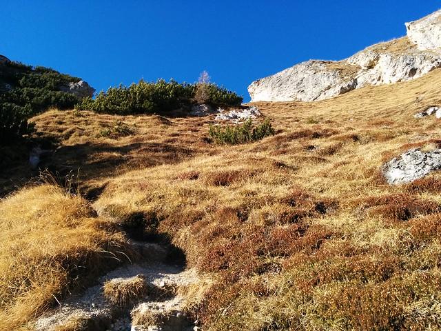 Steiler Aufstieg zur Pragser Furkel