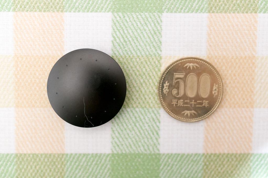 Misfit Shine2、500円玉との大きさ比較