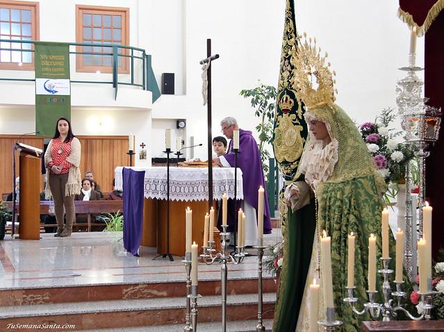 Virgen del Dulce Nombre Besamano