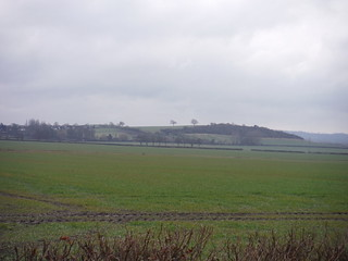 Westend Hill, Cheddington from footpath by the Golf Club