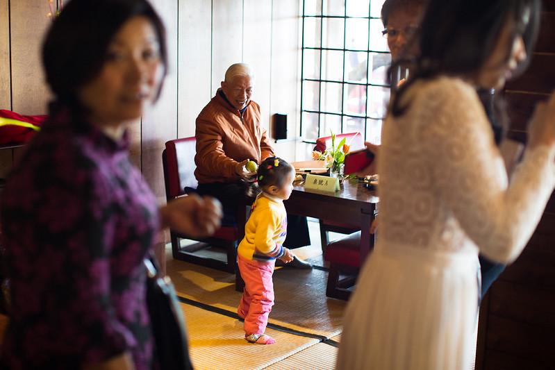 又見一坎煙,顏氏牧場,後院婚禮,極光婚紗,海外婚紗,京都婚紗,海外婚禮,草地婚禮,戶外婚禮,旋轉木馬_0011
