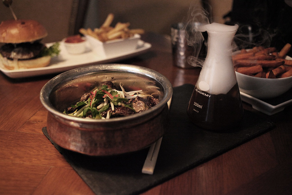 japanese-ramen-with-beef-filet-ith-dried-ice-over-soup-broth-the-alchemist
