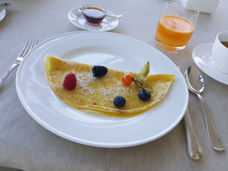Punta Tragara Capri breakfast