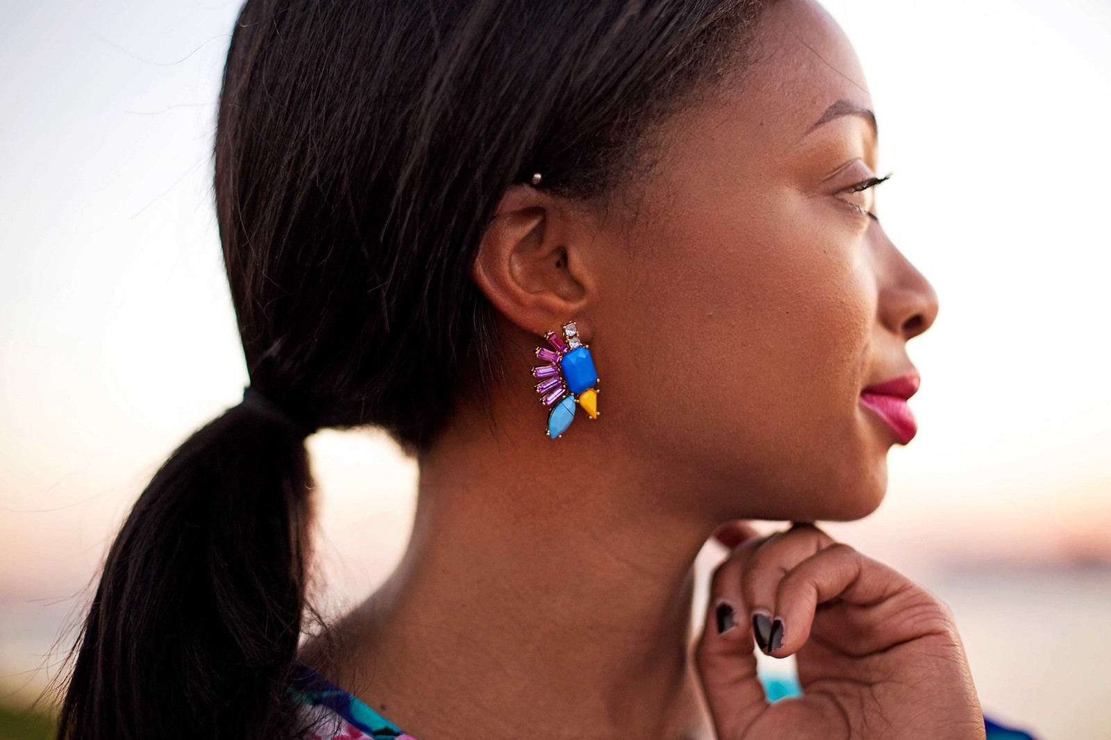 how to style statement earrings