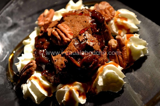 Mi-Cuit au Chocolat aux Amandes & Noix de Pecan © Ana Luthi Tous droits réservés 21