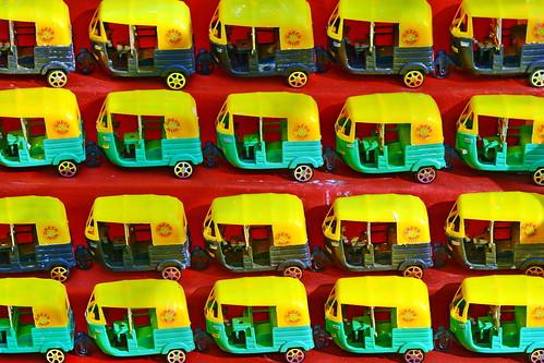 India - Kerala - Fort Cochin - Auto Rickshaw Toys