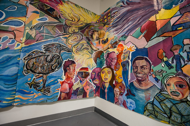 Photo of a portion of the mural featured in this article. Photo by Matailong Du.