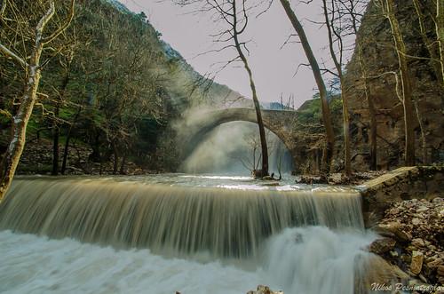 bridge water river waterfall outdoor greece waterfalls stonebridge thessaly ελλάδα νερό ελλαδα θεσσαλία ποτάμι τοξωτόγεφύρι νερο ποταμι θεσσαλια καταρρακτεσ καταρράκτεσ παλαιοκαρυα παλαιοκαρυά τοξωτογεφυρι