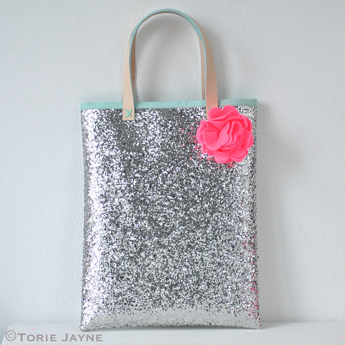 Glitter book bag tutorial 17