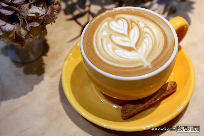 椅子咖啡 FABRICA