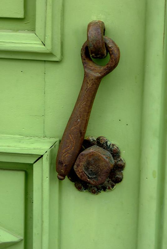 Heurtoirs - Marteaux de portes 25356401721_273c7895ed_c