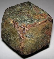 Almandine garnet (Madison County, North Carolina, USA) 2