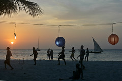 Kendwa : Football sunset beach