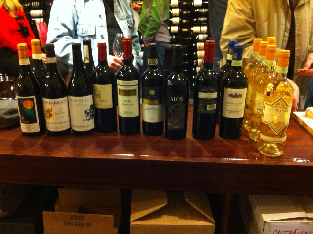 Italian Wine Tasting at the Wine Club 1