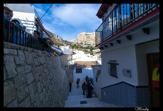 Castillo de Santa Bárbara desde la escalera de bajada de la Ermita de Santa Cruz
