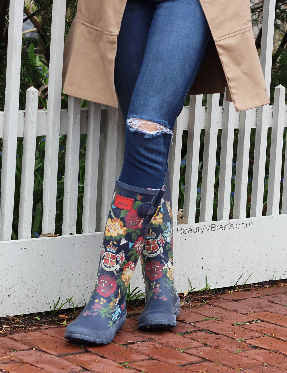 Joules navy floral wellies rain boots review