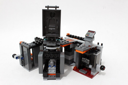 LEGO Star Wars CarbonFreezing Chamber Review The Brick - 25 2 lego star wars minifigures han solo han in carbonite blaster
