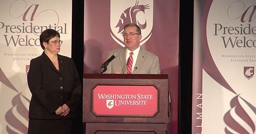 #WSU President Kirk Schulz & Noel Schulz answering questions from the audience #GoCougs
