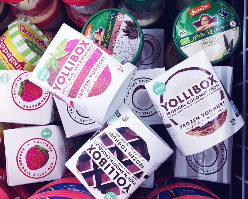 Untitled, yollibox, jäätelö, ice cream, yollibox frozen joghurt ice cream, fozen jogurt, jäätelö, jääjugortti jäätelö, herkut, dessert, jälkiruoka, finland, suomi ,helsinki, mistä saa, osttettua, shopping, buying, less fat, vähärasvainen, terveellinen, healthy, herkullinen, delicious, 500ml, koko, size, aidot hedelmät ja marjat, maku, taste, flavor, mansikka, strawberry, suklaa, chocolate, kookos, coconut, eko, swedish,brand, beautiful, white, packing, white box, fresh taste, raikas pakkaus ja maku,