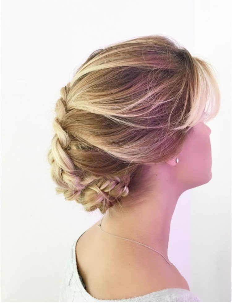 Top Hairstyles for Summer Bride , Romantic hairstyle   Fab Mood