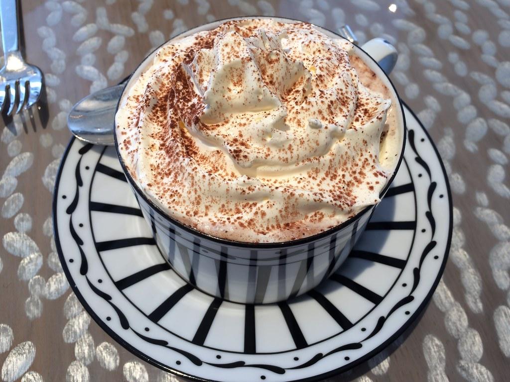 dior cafe