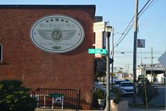 013 41st Street Pub