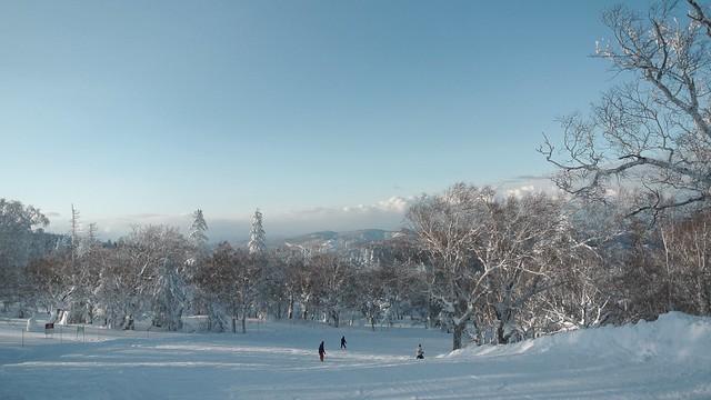 Photo:Skiing holiday. By MIKI Yoshihito. (#mikiyoshihito)
