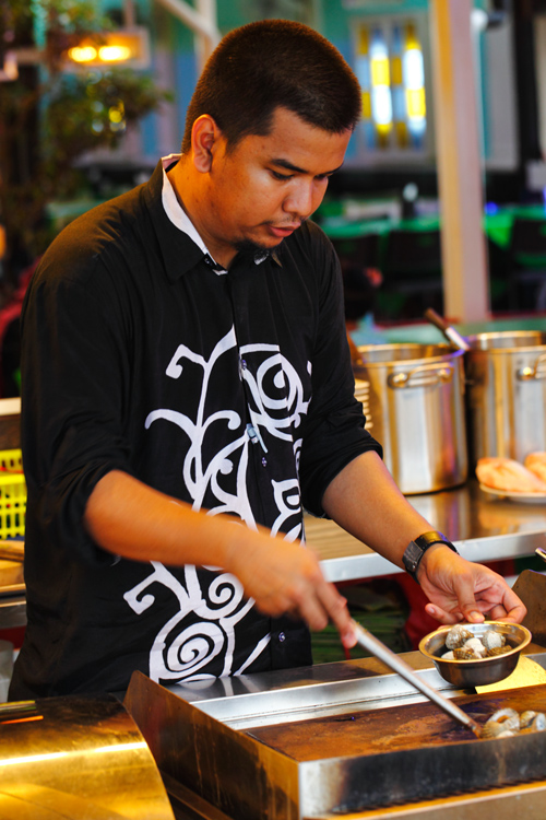 Wira Seafood Kerang Bakar