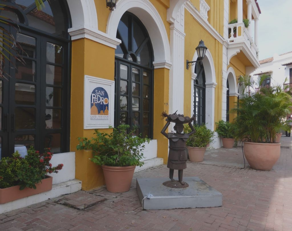 Example of Cartagena Art and Personality