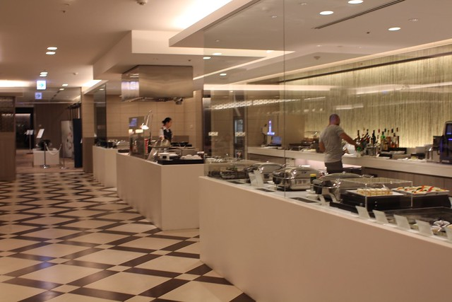JAL First Lounge