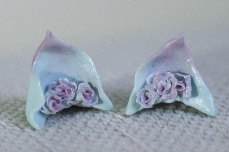 mint petal ears f01