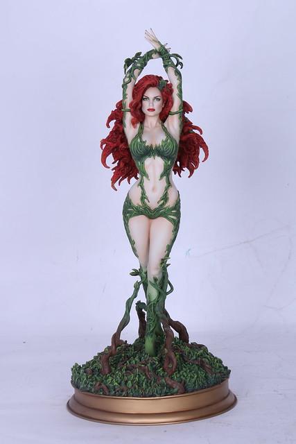 Yamato USA – DC Comics 系列【毒藤女】Poison Ivy 1/6 比例 全身雕像