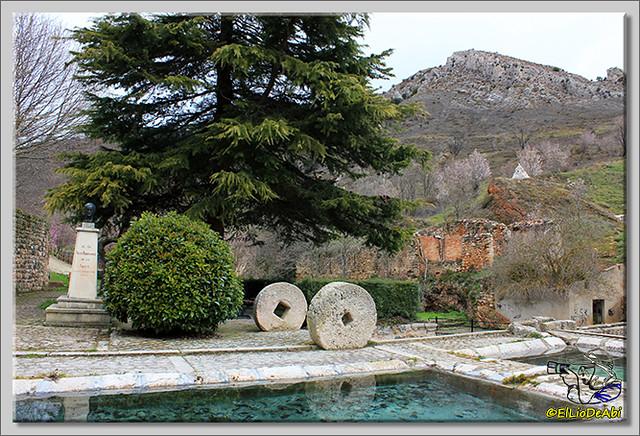 El Monumento a Félix Rodriguez de la Fuente cambia de ubicación (2)