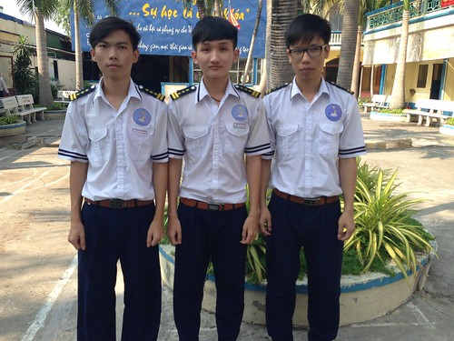 Đội tuyển HSG lớp 12 THPT năm học 2015 - 2016