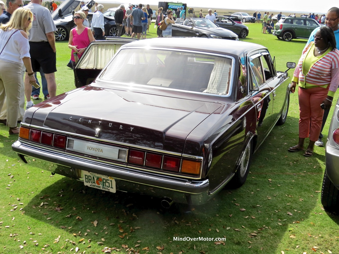 Toyota Century Rear Doors Closed