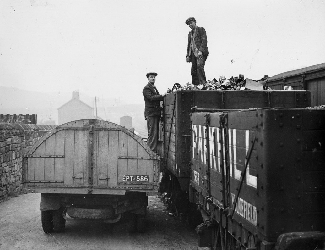 Collecting scrap at Hetton Station Goods Yard