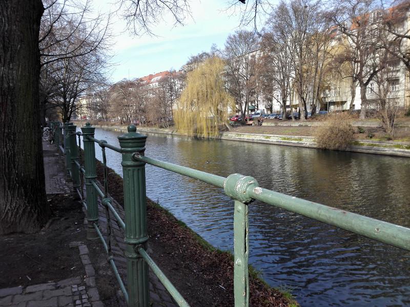 1602_kanalgruen