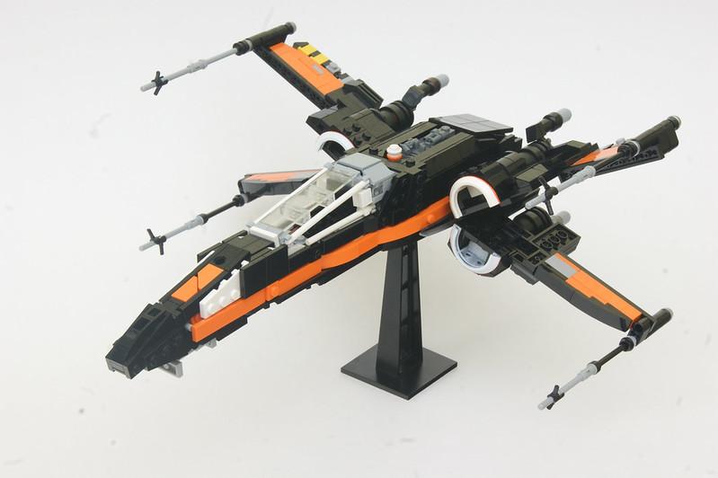 Poe's T70 X-wing