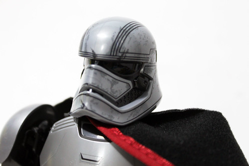 LEGO Star Wars: The Force Awakes Buildable Figures Captain Phasma (75118)