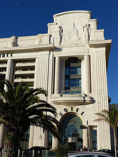 façade est du palais de la méditérranée