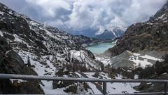 Widok z tamy na jeziorze Lago di Gera 2125m  na dolne jezioro Lago di Campo Moro