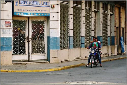 dominicanrepublic sanpedro republicadominicana farmacia domrep motoconcho dominikanischerepublik