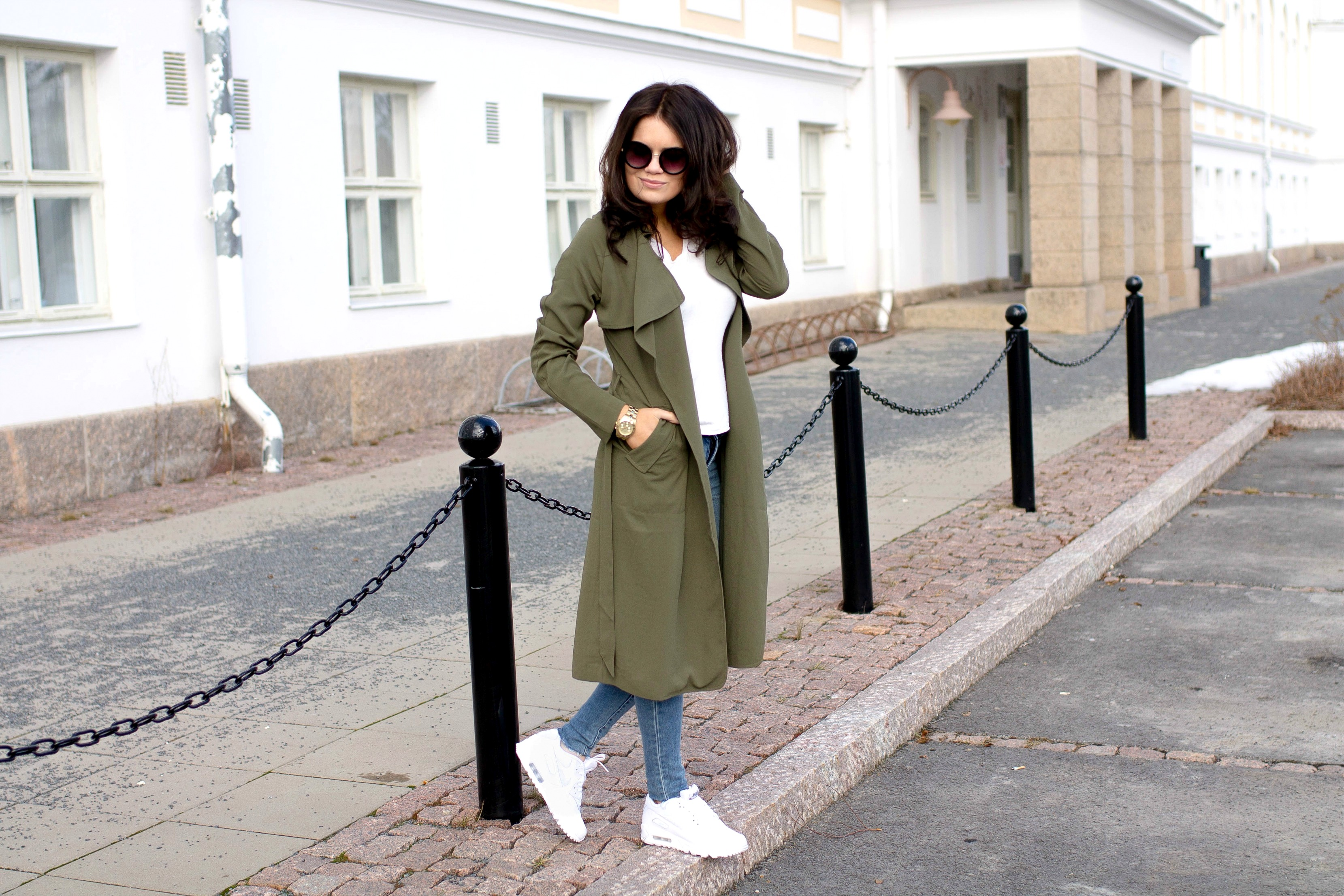 green trench coat outfit1