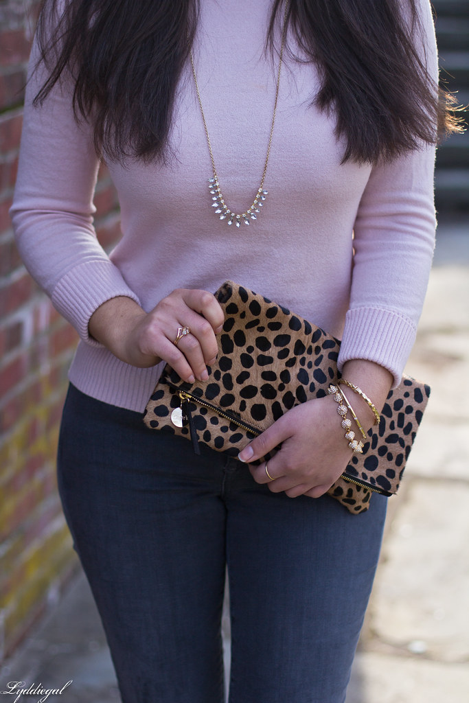 pink sweater, grey jeans, leopard clutch, black boots-5.jpg