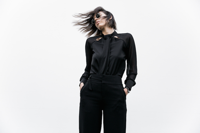 all black workwear inspo street style Karen Millen fashion blogger modern legacy man style sheer cut out shirt  (7 of 15)