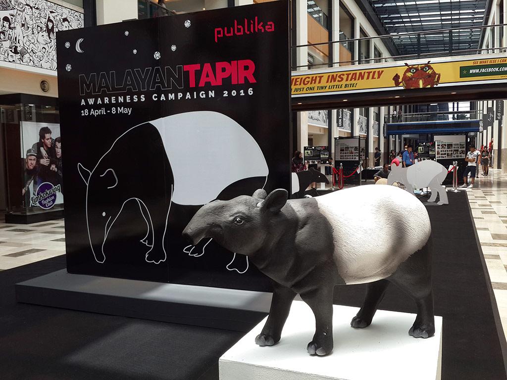 Malayan Tapir Invades Publika