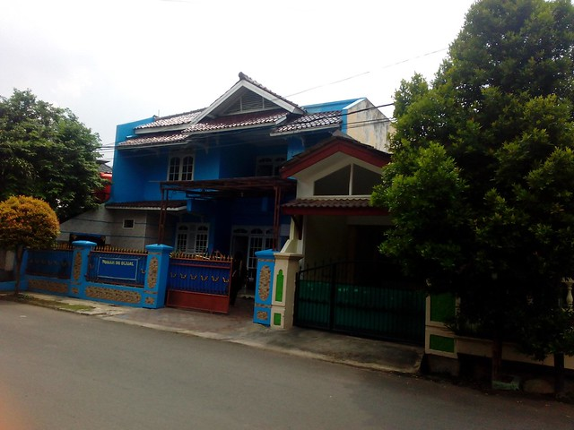 Dijual Cepat Rumah Biru Mediteranian di Komplek Duta Indah – Pondok Gede - Bekasi (2)