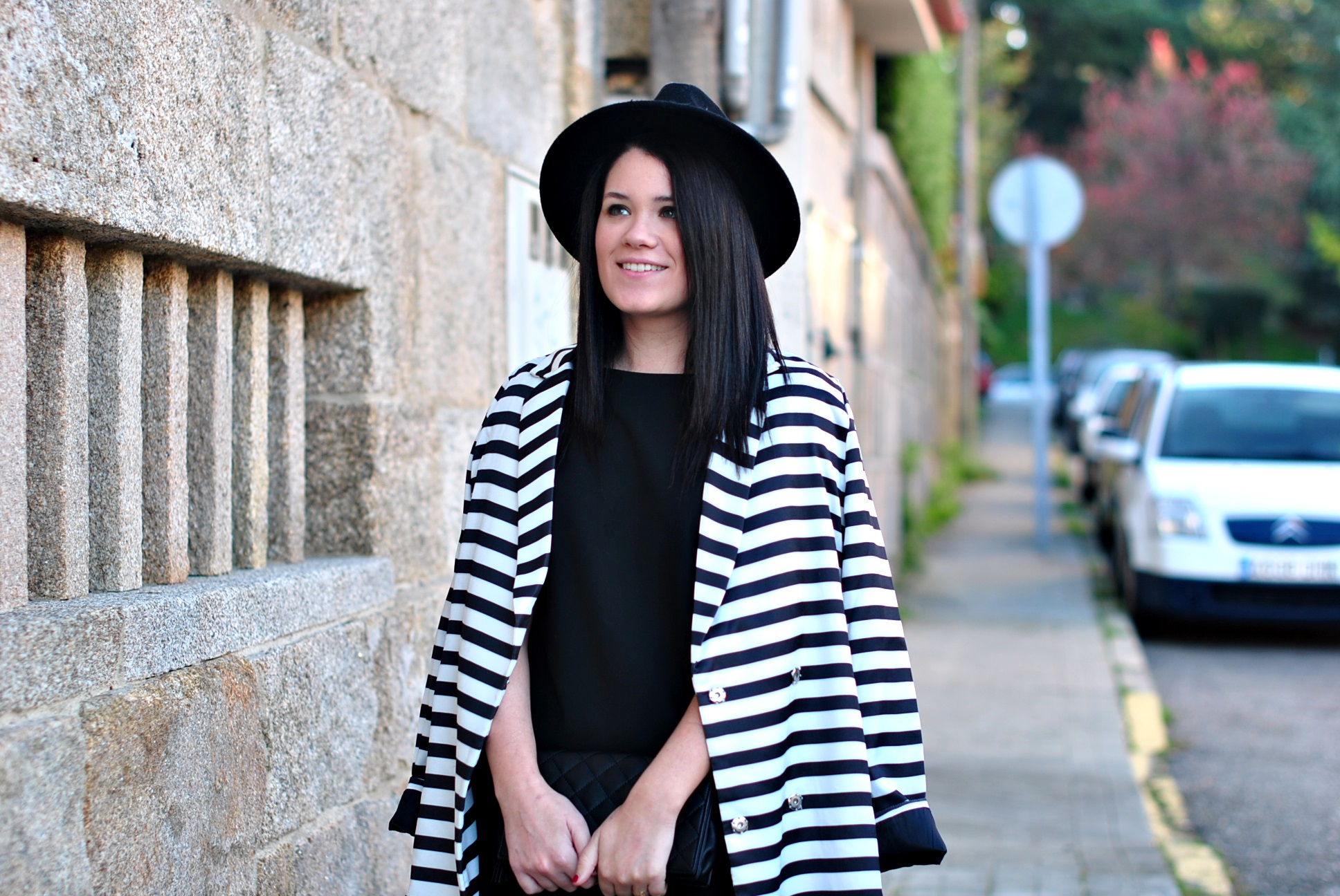 20151228-shein-black-white-coat-09